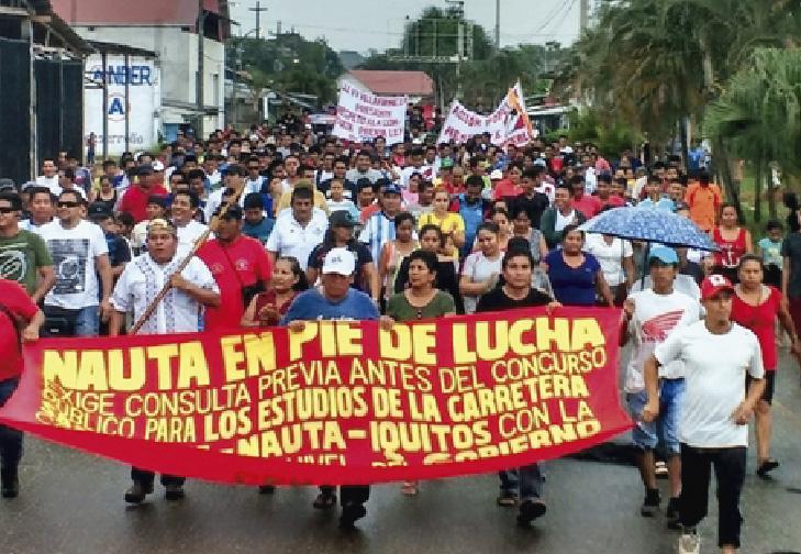 Maestros se movilizan en Loreto contra la UGEL Loreto Nauta.