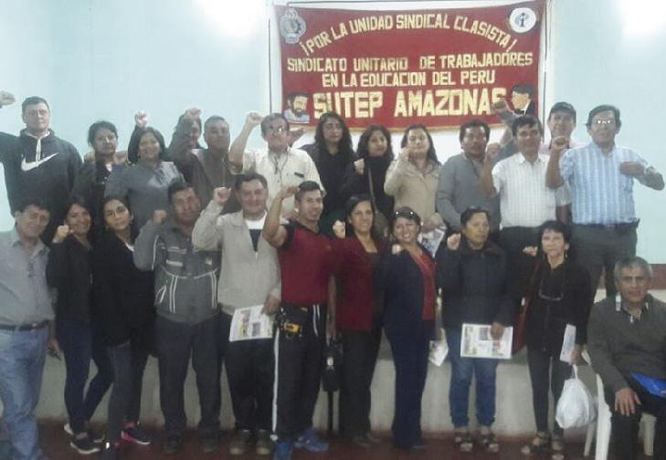 Maestros luchan por sus derechos en Amazonas.